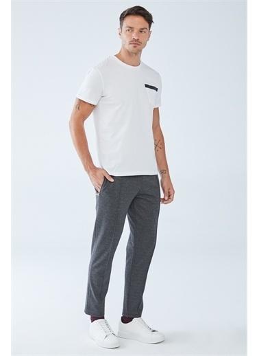 Boris Becker Cep Baskı Detaylı Erkek T-shirt Beyaz